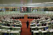 Азиатские биржи закрылись в основном в плюсе