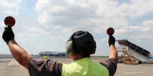 Двухпалубный Boeing 747 впервые прибыл в Крым из Владивостока прямым рейсом