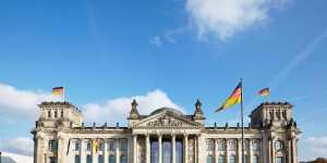 Суд в Германии назвал ограничения из-за коронавируса ошибочным решением