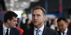 Шувалов призвал объединить усилия с крупными компаниями по модернизации общественного транспорта