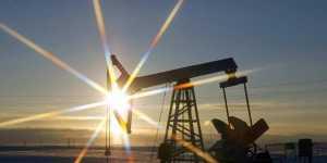 Нефть дешевеет на 1,5% на опасениях за спрос на сырье