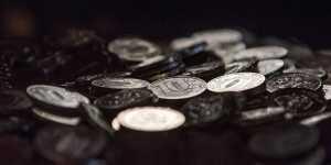 Аксаков уверен, что доллар не будет стоить 100 рублей