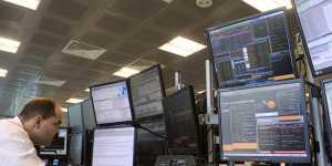 Фондовые индексы Европы опустились на 1,6-2,3% на ослаблении рисковых настроений
