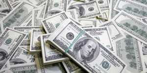Курс доллара усилил снижение на новостях о коронавирусе и макростатистике