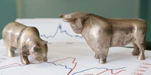 Биржи Европы в основном растут на внутренних корпоративных новостях и статистике