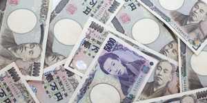 Доллар торгуется без единой динамики к иене и евро в ожидании статистики из США
