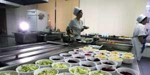 """Эксперты сервиса """"Зарплата.ру"""" сообщили о нехватке в стране поваров, пекарей и кондитеров"""