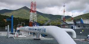 На Ярайнерском нефтяном месторождении прорвало трубопровод