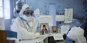 В России берут на контроль уровень снижения риска COVID-19 у вахтовиков ТЭК