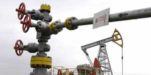 Цена декабрьского фьючерса нефти Brent опустилась ниже $38 за баррель
