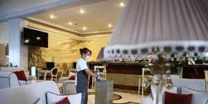 ФАС изучит рост цен на гостиницы российских курортов