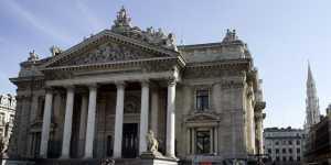 Фондовый оператор Euronext приостановил торги на своих биржах