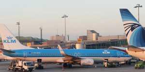 Нидерландская KLM возобновляет авиасообщение с Россией