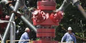 Chevron за девять месяцев получил чистый убыток в $4,9 миллиарда