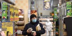 Россияне любят составлять списки покупок, но не следуют им
