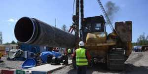 """""""Газпром"""" намерен достроить """"Северный поток - 2"""", несмотря на давление"""
