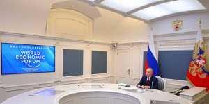 Путин призвал решить проблему социального неравенства