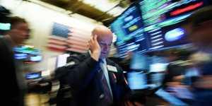 Европейские биржи снизились на негативной динамике в США