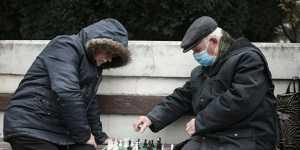 МК: пенсионеры старше 80 лет, военные пенсионеры с 1 октября получат прибавку к пенсии