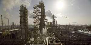 Кабмин обсуждает временный запрет на экспорт ряда нефтепродуктов