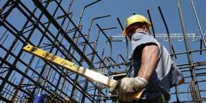 Строительство вошло в десятку престижных профессий в России