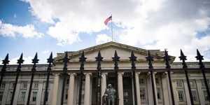 Санкции США против российского суверенного долга вступили в силу