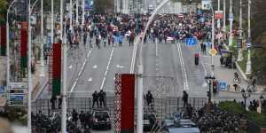 Оппозиция насчитала свыше 100 тыс. протестующих в Минске