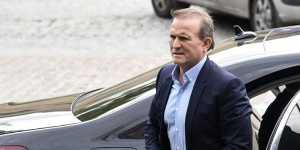 Украинский политик Медведчук помещен под домашний арест