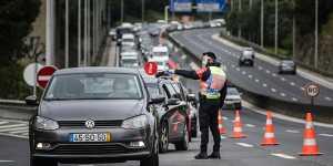 Португальские власти закроют Лиссабон на выходные из-за COVID-19