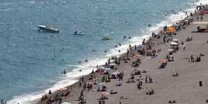 Турецкий инфекционист призвал ужесточить требования к туристам из России